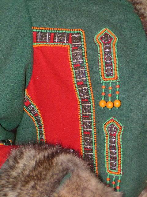 Якутская вышивка.  Бисер в те далёкие времена завозили из Китая.